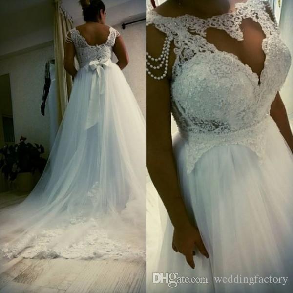 Gorgeous Plus Size Wedding Sukienka Western a Line Ilsuion Bateau Neck Lace Aplikacje Top Tulle Spódnicy Suknie ślubne z perełami