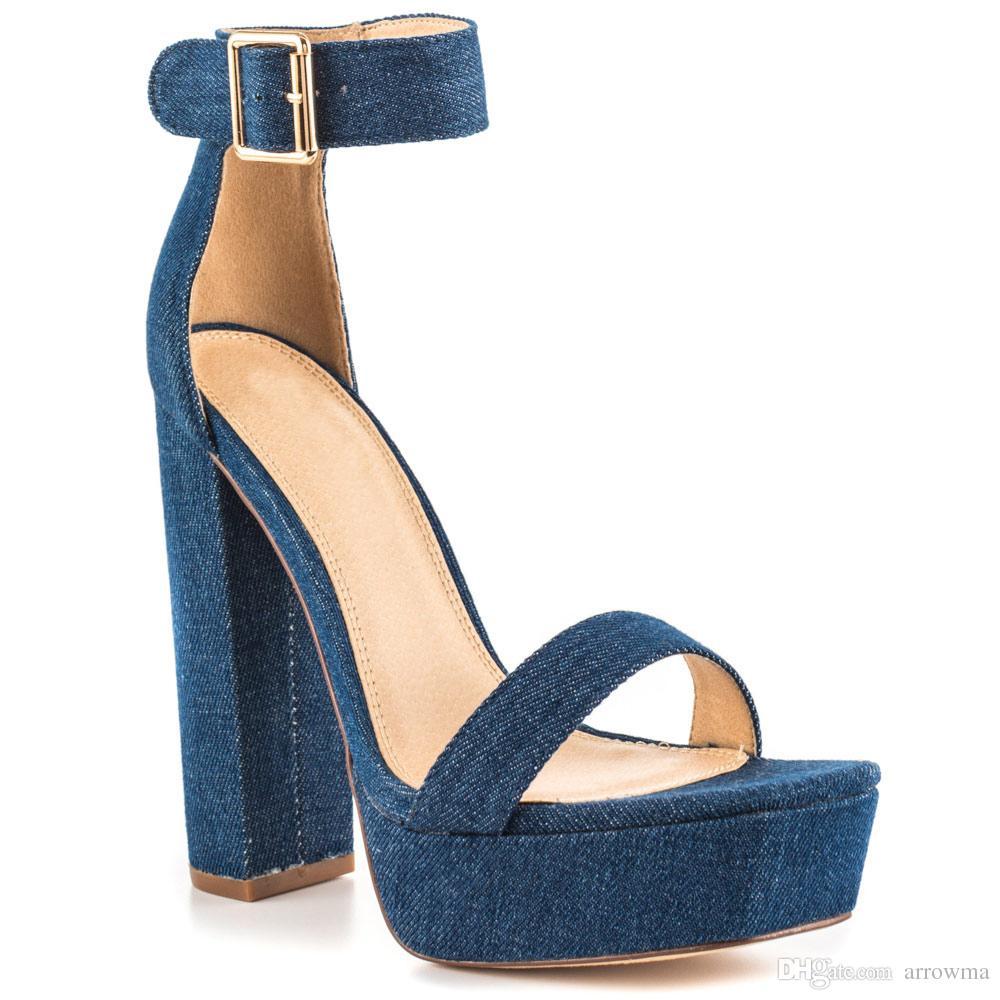 ebc3d64332 Compre 2017 Sandálias Das Mulheres Saltos Quadrados Ladaies Sapatos De  Festa Custom Made Plus Size Sapatos Baratos Modesto Chegam Novas Modest  Sapatos ...