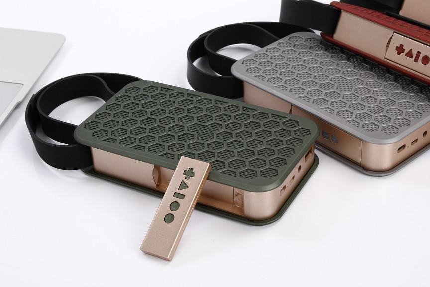 JKR-2 Drahtloser Bluetooth Lautsprecher Super Bass Stereo Lautsprecher Fernbedienung FM TF Karte AUX-in NFC für iphone Samsung