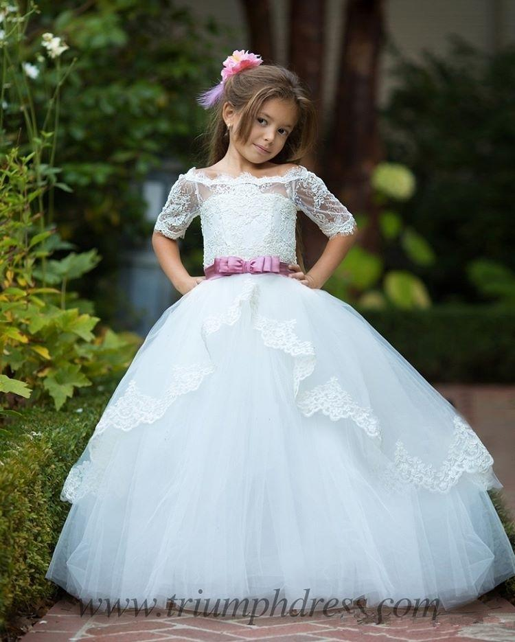 2020 Cute Bateau White Flower Girls Dresses For Wedding With Sash Half Sleeves Lace Tulle Glitz Pageant Dresses
