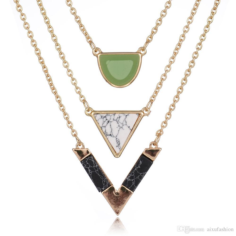 Frauen Gold Farbe Punk Halsketten Heißer Verkauf Geometrisches Dreieck Marmor Stein Anhänger Halskette Vintage Legierung Türkis Schmuck
