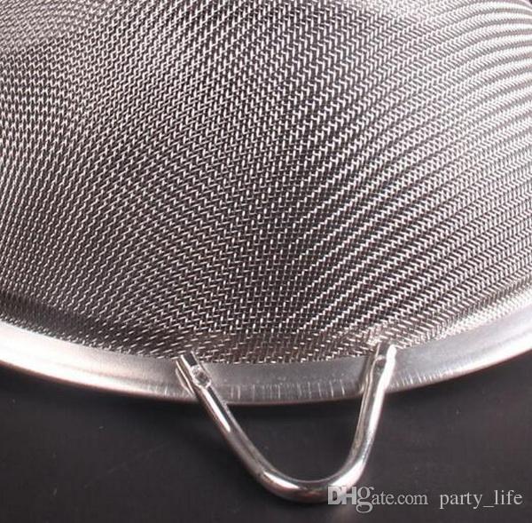 14cm Diameter, 5cm deep Stainless steel Mesh Strainer - New Arrival Colander Oil Drain Oil Network Kitchen