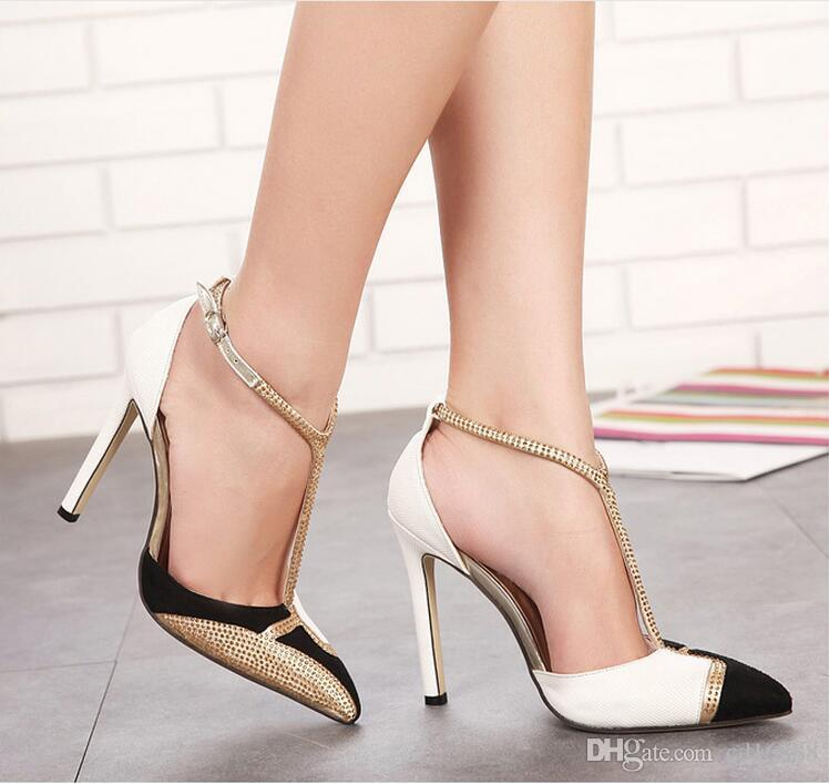 2020 nuevos zapatos de las sandalias del verano mujeres de la moda de estilo europeo zapatos de tacón alto acentuadas Rhinestones color de la lucha zapatos atractivos de las sandalias de mujer