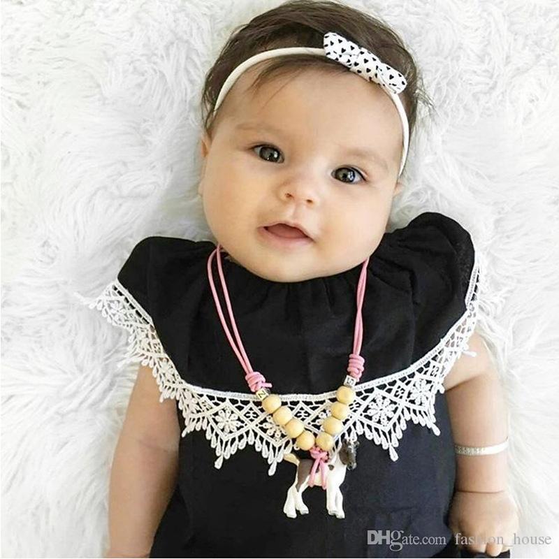 INS bébé dentelle barboteuse filles classique barboteuses noires nouveau-né magnifiquement détaillée dentelle garniture col élastique Onesies Body enfants vêtir A08