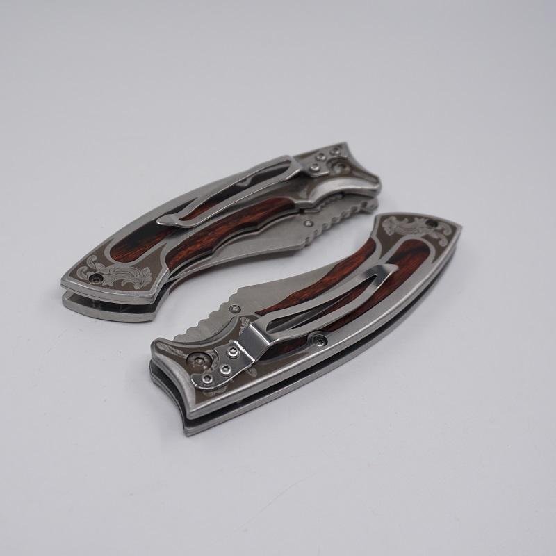 Folding Messer Potable Kleines Taschenmesser Blatt440c Holzgriff im Freien kampierende Jagd-Überlebens-Messer EDC-Tool