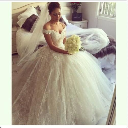 Modest Lace Ball Gown Wedding Dresses Designer 2017 Off The