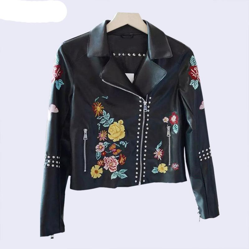 2019 Embroidery Flower Stud Leather Jacket Women Brown Jacket Moto Coat  Jaquetas Couro Casaco Chaquetas Jacket Chain Punk From Zhang110119 faf639ee93d16