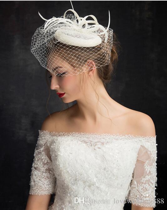 2017 Nueva Hermosa Nupcial Sombreros de Marfil de Alta Calidad Birdcage Nupcial Flor Plumas Fascinator Novia Boda Cara Iglesia Sombreros Velos