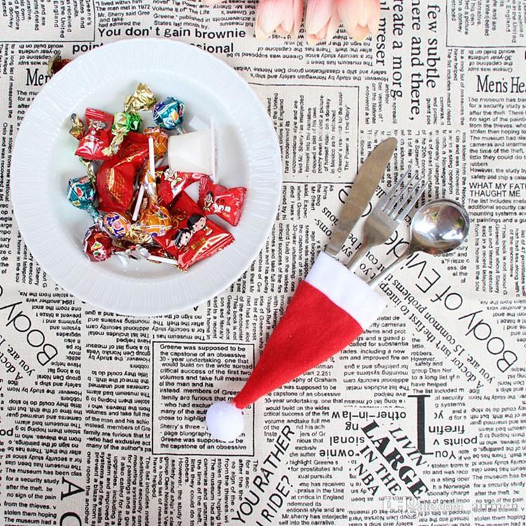Venta caliente Santa Claus Navidad Mini Sombrero Cena interior Cuchara Tenedores Decoraciones Adornos Navidad Artesanía Suministro Fiesta Favor Navidad