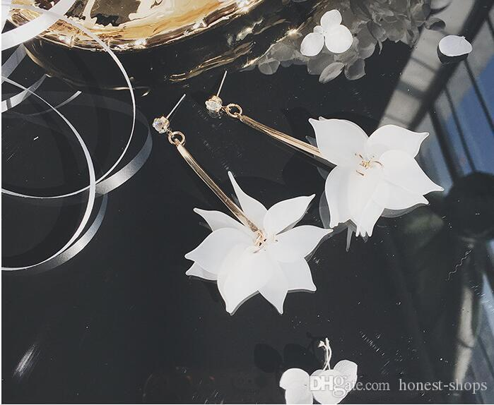 New Spring Flower Pendant Earrings long sweet female simple personality all-match students Jewelry Earrings