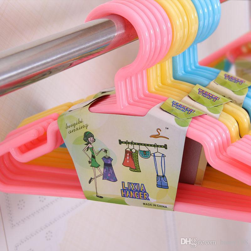 Non-slip Plastic Hangers for Children Infant Newborn Pets Dogs Tops Coats Skirts Pants PP Racks 30cm