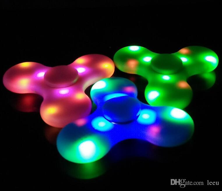 NEW EDC Fidget Spinner mit Bluetooth-Audio und Led Usb Hand Spinner Finger Spinner Spielzeug EDC-Spielzeug für Dekomprimierung Angst Spielzeug