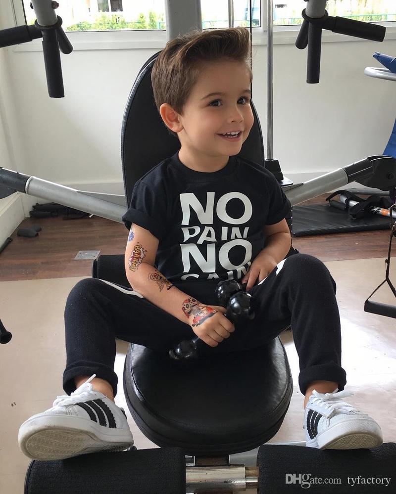 costume de garçon de la mode Toddler Kids Tenues bébé garçon noir Vêtements chauds Aucune douleur sans gain lettres imprimées T-shirt Top + XO Pants ensembles cool enfant