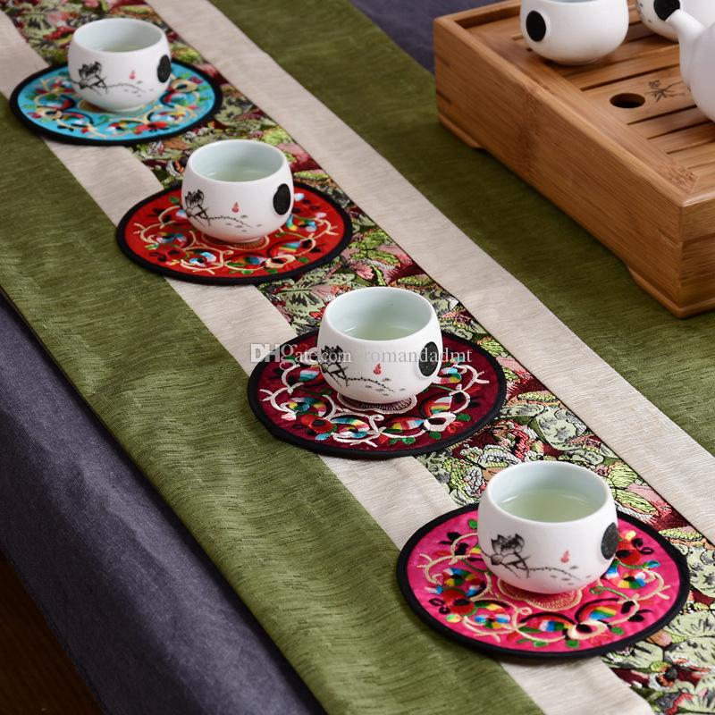 Chinese Style Fabric Round Coasters Ethnic Embroidery Flower Silk Cup Mat 13cm 2pcs/set Wedding Favors Gifts + DHL Free Shipping