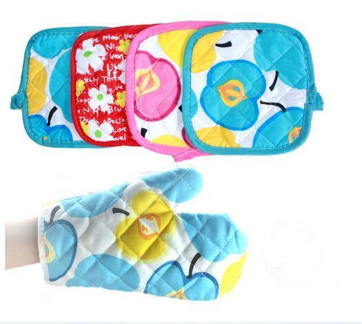 Novo Jantar pote titular Forno Luvas de algodão toalha de mesa pad almofada resistente ao calor e conjunto de Luva