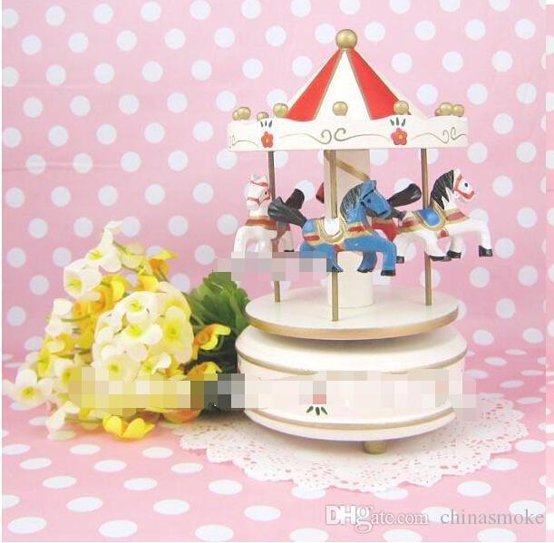 Populaire verjaardagscadeau handgemaakte houten carrousel muziekdoos de octaaf hout muziekdoos