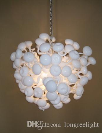 Lambalar Modern Ev Düğün Dekorasyon Beyaz Kristal Avizeler 110 V / 240 V Işıkları Yuvarlak Şekil Tarzı El LED Ampuller Ile Yuvarlak Cam Avize