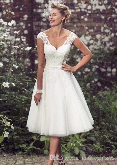 2017 Elegant Tea-Length Wedding Dresses V Neck Cap Sleeves Appliques Lace Tulle Ball Gown Short Wedding Dresses