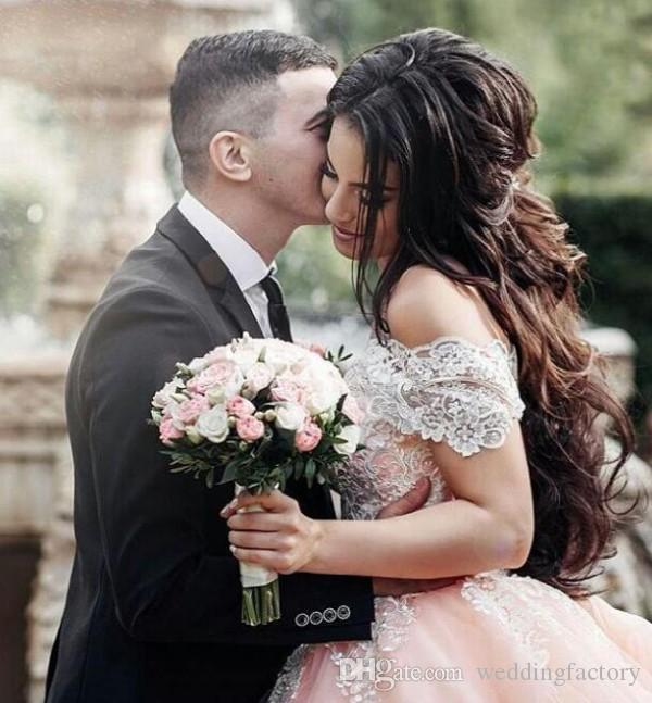 2019 Fabulous Colorful Ball Gown Wedding Dresses Arabic Off the Shoulder Lace Appliques Coral Peach Lace-up Back Puffy Princess Bridal Gowns