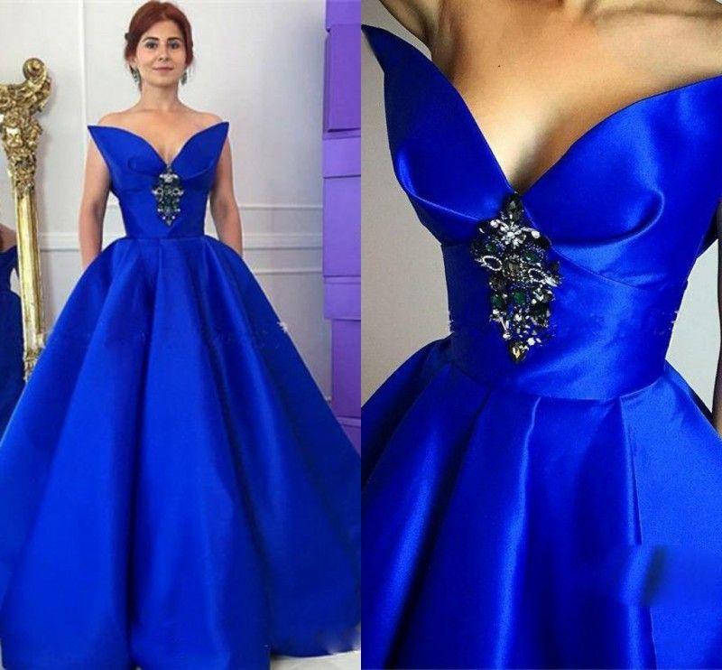 2de27ad916 Elegant Royal Blue Satin Evening Gowns Sweetheart Crystals Beaded Backless Prom  Dresses Arabic Women Formal Wear Floor Length Party Dress Designer Evening  ...