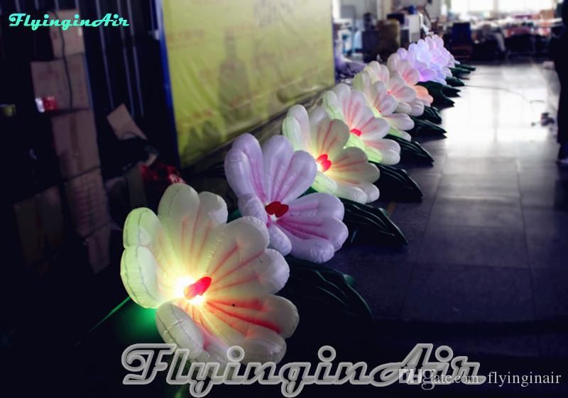 O casamento de 10m que ilumina a flor inflável ajuntou-se para a rua / entrada / fase