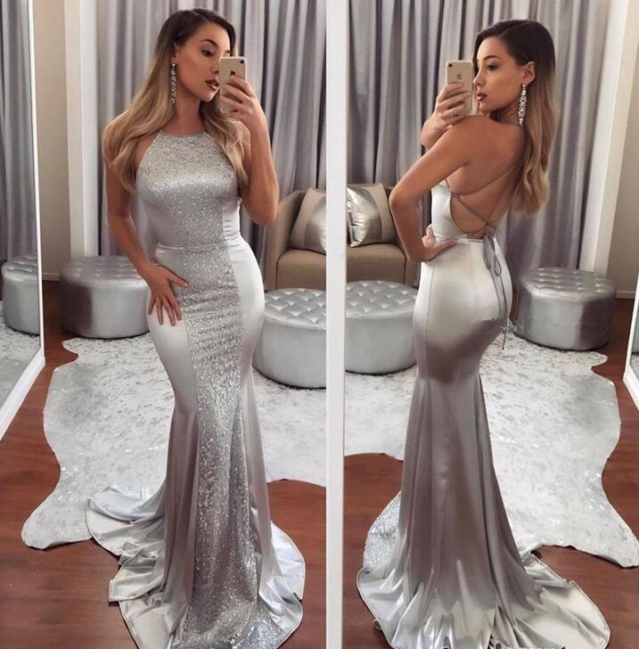 2018 Mermaid Abiye Backless Halter Boyun Gümüş Kat Uzunluk sequins Resmi Balo Abiye Satılık