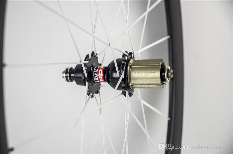 Factory sale Good quality and cheap 3K/UD/1K road bike 50mm carbon wheels with 23mm Novatec A271 hubs