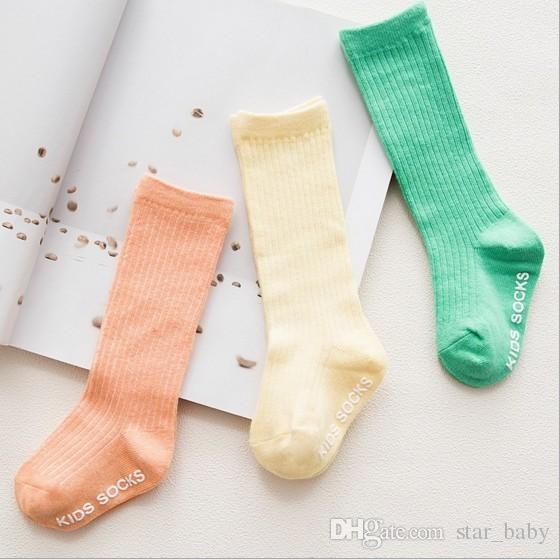Kore Tarzı Çocuk Çorap Yüksek Kaliteli Saf Pamuk Bebek Çocuk Çorap Diz Yüksek Uzun Çorap Iyi Maç Toddler Kız Giysi Aksesuarları Q0893