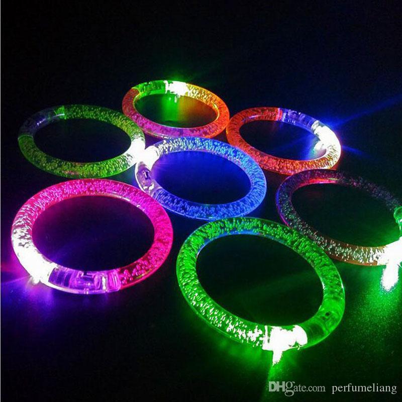Braccialetto LED cambiare colorato lampeggiante Braccialetto incandescente acrilico bambini Giocattoli Decorazione di Natale festa forniture ZA3380