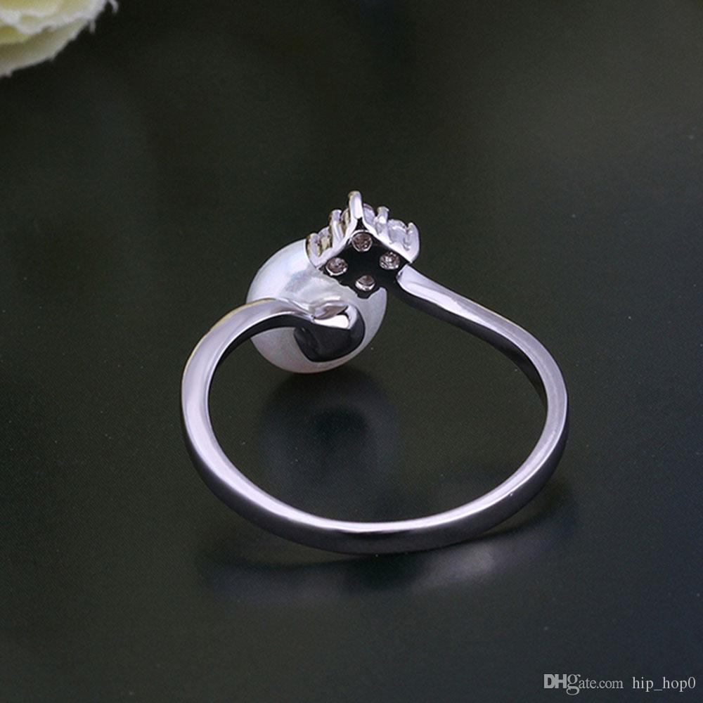Simulated Pearl Ring Women Beautiful Platinum Plated Finger Ring Geometric Design Inlaid Cubic Zirconia Diamond Rings Wedding Bridal Jewelry