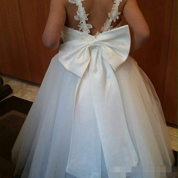 Vestidos baratos de las muchachas de flor para las bodas V cuello Tulle piso longitud Backless Ball Gown Junior vestidos de dama de honor para las imágenes reales
