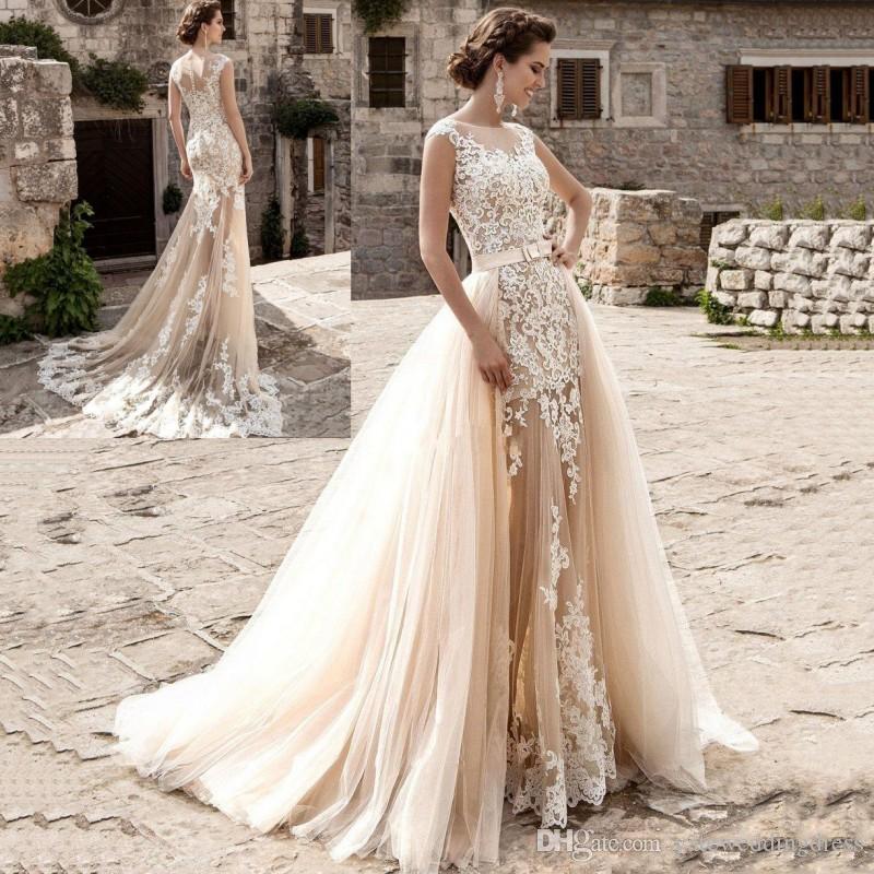 90b306b22 2017 Champagne Sereia Vestidos de Casamento Sheer Neck Sem Mangas Vestidos  de Casamento Com Apliques de Renda Vestidos De Casamento Do Jardim Com Trem  ...