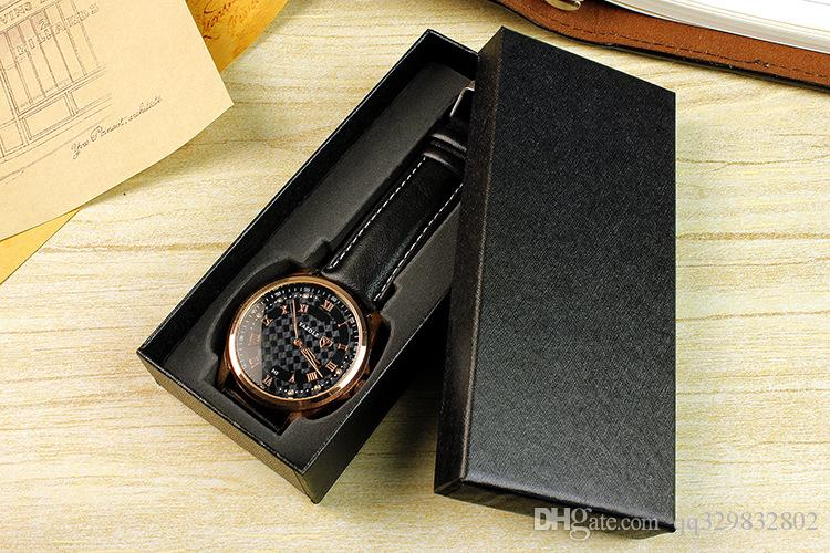 conception unique Vente en gros de haute qualité étui rigide rectangle Montre boîte noire interne antichoc Mousse souple Mode bijoux boîtes à cadeaux