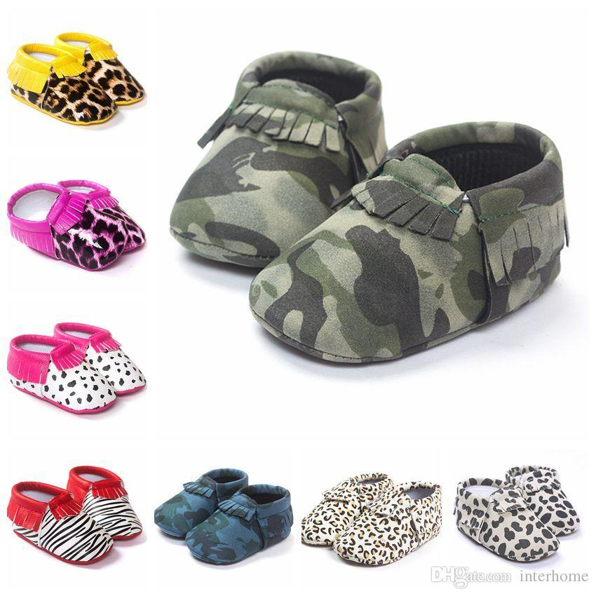 226be98da 2019 Baby Tassels First Walkers Shoes Newborn Fashion Moccasin Kids Soft PU Leather  Shoes Toddlers Camouflage Sandals Girls Fringe Shoes F342 From Interbaby ...