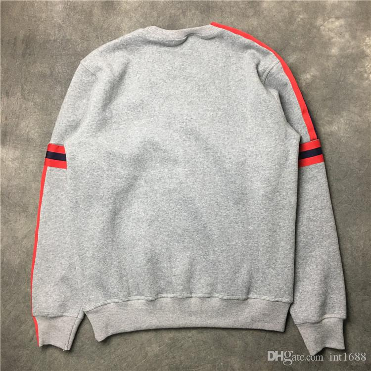 2017 autumn winter New fashion brand men coat Sweater red stripe men simple pullover Long sleeve Casual sports sweatshirt