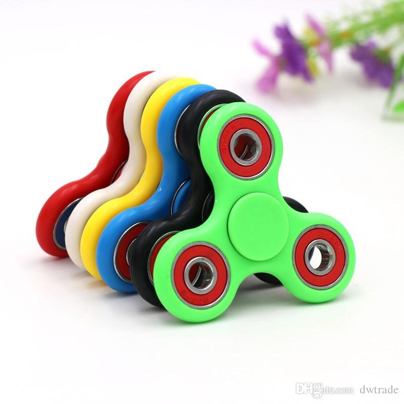 En existencias Mano Spinner Triángulo Tri Fidget Acrílico Bola de Plástico Escritorio Enfoque Juguete EDC Para Niños Adultos Finger Spinning Top