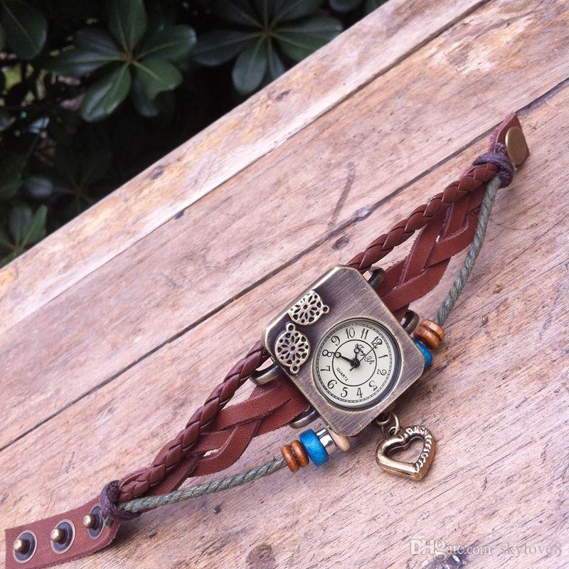reloj de moda de las señoras de cuero de la moda brazalete de dibujos animados estudiante retro reloj de pulsera de reloj mayor de los zapatos de diamante de cuarzo