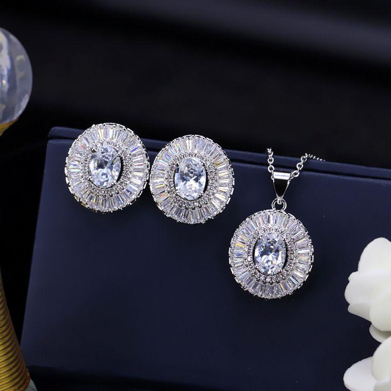Set di gioielli da sposa eleganti in Europa e in America placcato in oro bianco bianco / blu / verde / zircone rosso orecchini collana rotonda le donne LY-069
