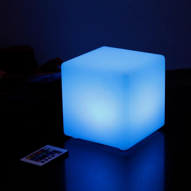 2019 Wholesale 15 15 15cm Led Cube Table Light Remote