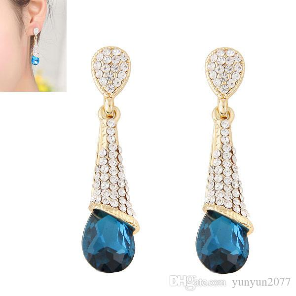 Factory Price Exquisite Fashion Accessories Jewelry Refinement Crystal Rhinestones Pendants Charm Statement Water Drop Women Stud Earrings