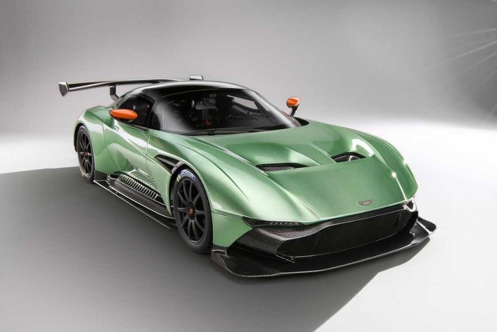 2018 Special Offer Original Resin Car Model Frontiart Aston Martin Vulcan  Avan Style 1:18 Green/Black/Red/White/Orange+Small Gift!!!!! From  Car_story2014 ...