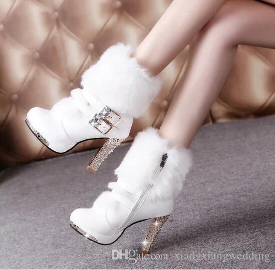 Las botas de las mujeres de la PU blanca Media borlas de tacón zapatos de boda de conejo de piel zapatos de tacón alto de novia Media Bota de caña