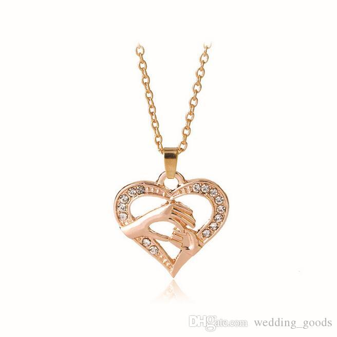 Mother 's Day fashion hand in hand love peach heart necklace chain chain WFN410 with chain a
