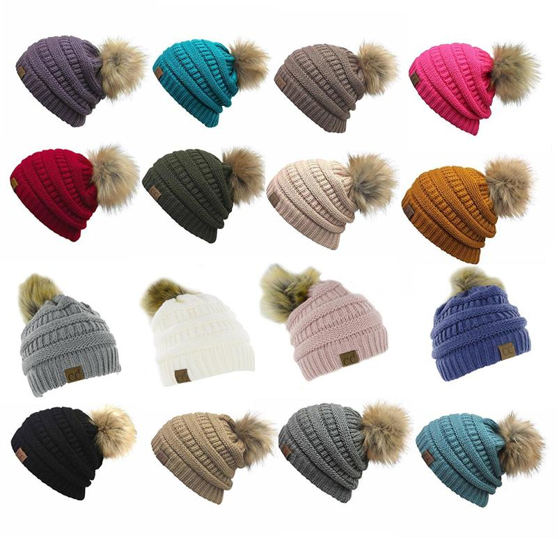 d6c99a591fb 2019 Unisex CC Trendy Hats Winter Knitted Fur Poms Beanie Label Fedora  Luxury Cable Slouchy Skull Caps Fashion Leisure Beanie Outdoor Hats F898 1  From ...