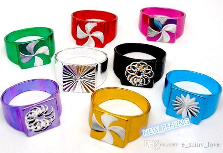 도매 / 패션 혼합 색상 다채로운 도금 알루미늄 반지 어린이 보석 반지에 대한 크기를 혼합 저렴한 가격