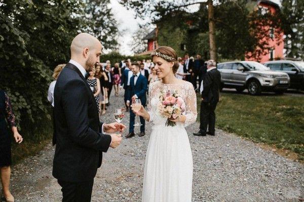 로맨틱 컨트리 비치 웨딩 드레스 이동식 절묘한 레이스 자켓과 간단한 우아한 연인 바닥 길이 저렴한 신부 가운