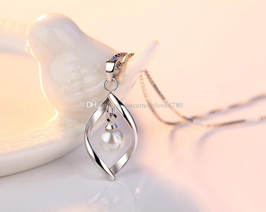 New 925 placcato argento Sterling Imitato perla d'acqua dolce appeso collana cuore torto romantico pendente Waterdrop gioielli di moda