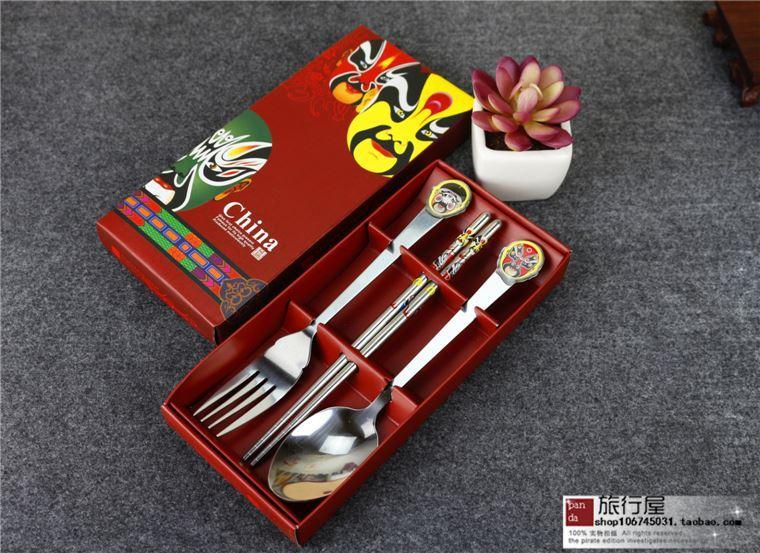 Recuerdos turísticos de Sichuan Chengdu, con cara de porcelana azul y blanca, cuchara para niños, combinación de palillos chinos, viento de estilo chino
