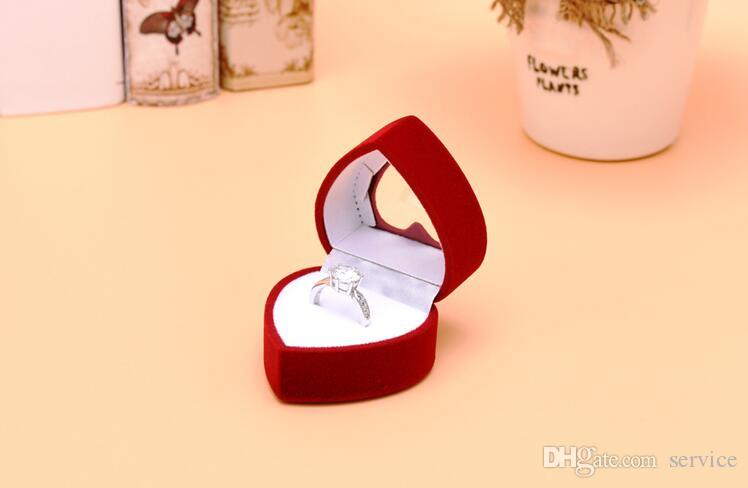 Round Heart Velvet Jewelry Ring/ Earring Gift Packaging Display Box For Wedding Jewelry Boxes 2017