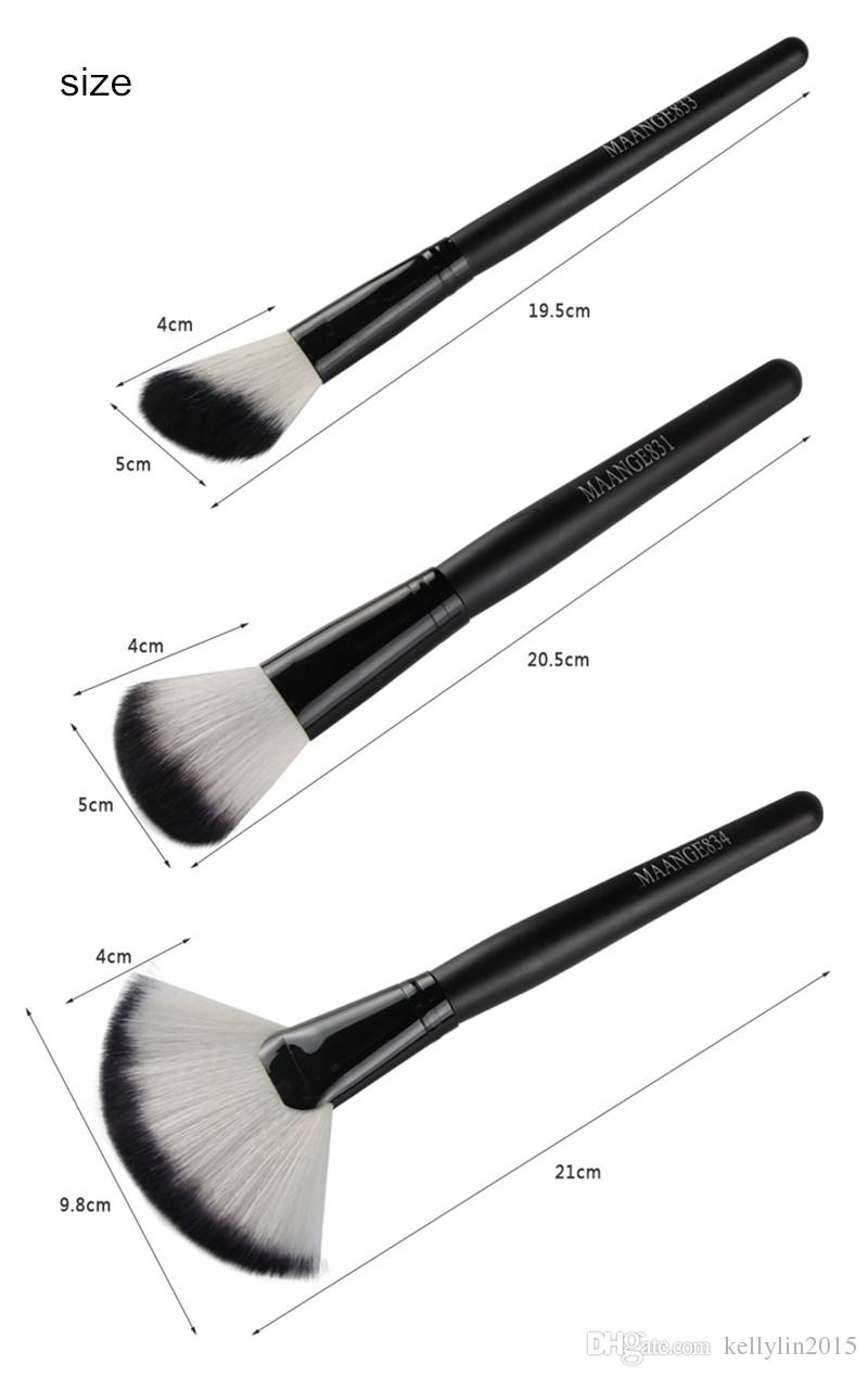 Large Fan Shaped Makeup Brushes Blush Powder Foundation Wooden Handle Round Brush Cosmetic Makeup Brush Set
